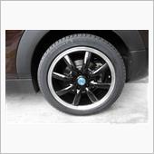 MINI F54 サマータイヤからスタッドレスタイヤへ