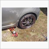 タイヤ交換です!!(笑顔の画像