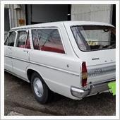 以前に家族所有していた車輌です タテ目グロリアバン  白です