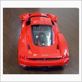 1/24スケール Enzo Ferrari