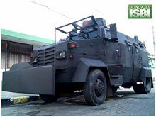 コロンビアの暴動制圧車ワロス