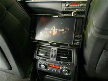 E70X5にリアTV取付