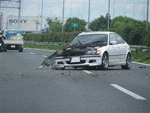 高速は危険がいっぱい
