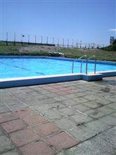 プールに行ってきました。