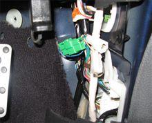 【ECU】運転席側の緑のコネクタ