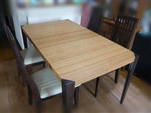 白いテーブル買いました