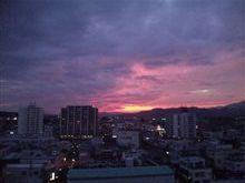 茜色の夕焼け空