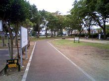走る(日立市民運動公園)
