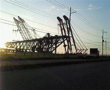 巨大な建造物