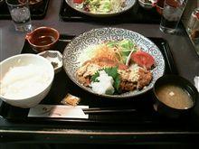 夕食@友部SA