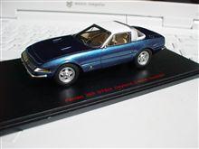 フェラーリ365GTB4(デイトナ)スペチアーレのミニカー