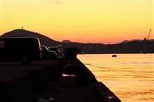 海と夕日と友情と