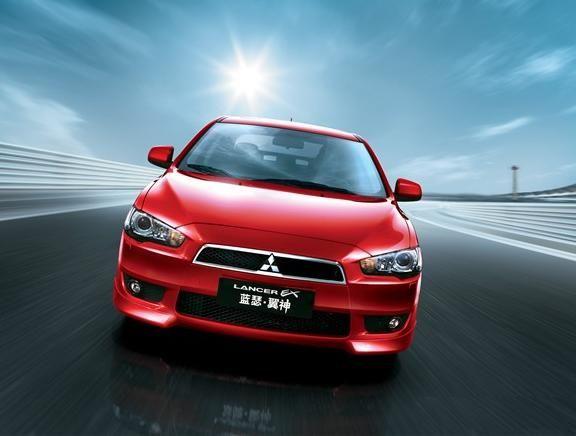 現地生産 モデル 中国仕様 東南三菱 藍瑟 ・ 翼神 ( LANCER EX ) 上市 ・・・・