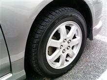 スタッドレスタイヤは雨が苦手