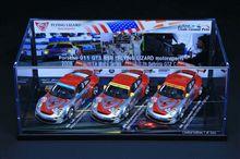 """Porsche 911  GT3 RSR  """" FLYING LIZARD motorsports"""" (MINICHAMPS)"""