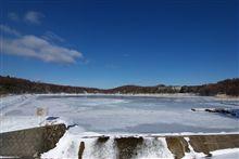 女神湖氷結状況