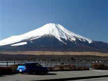 山中湖で富士山