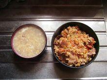 朝昼兼用でコレ作りましたっ「モランボン 石焼き風ビビンバ」