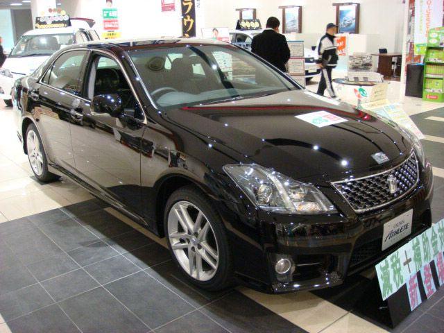 クラウン アスリート 200 系 後期 型式:DBA-GRS200 クラウン(トヨタ)の総合情報