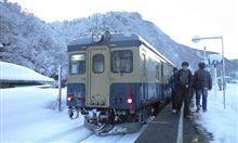 列車で雪中行軍!