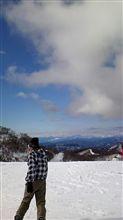 今日はスキーに♪