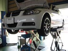 メンテナンスは大事...BMW E90..MOTUL エンジンオイル+フィルター