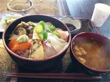 今日の昼飯(道の駅編)