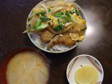 連夜でカツ丼!(卵とじカツ丼)