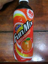 コーラ?  ファンタオレンジ???