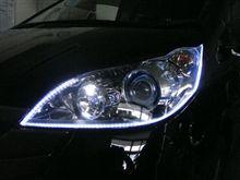 ステップワゴン アウディ風LED取付