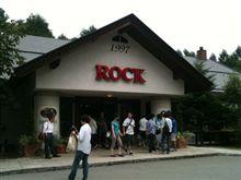 ROCKに到着