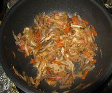 主夫の料理・・今夜は「ピリ辛混ぜご飯」