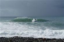 今日の波…