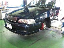 VOLVO V70...ブレーキキャリパー..バージョンUP+225/40R18..タイヤ交換