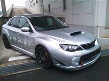 今日はこんな車を見に。