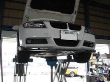 メンテナンスは大事....BMW E90...エンジンオイル交換...FUCUS..5W40