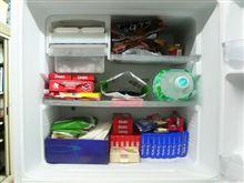 大人買いしたチョコレートはすべて冷凍庫にぶち込んだら、冷凍庫は満員御礼の巻。