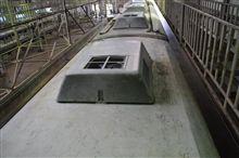 電車の屋根...