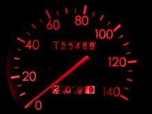 走行距離が・・・12345?。・゚゚・(≧д≦)・゚゚・。エーン!!