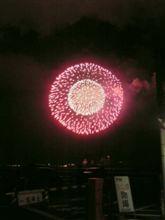 江ノ島で3000発