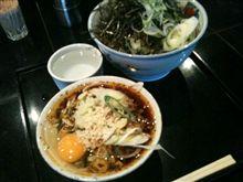 久々の日本一並ぶ立ち食い蕎麦屋『港屋』へ。