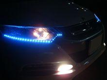 LEDアイライン装着