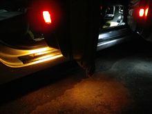 ドアカーテシーランプのLED化