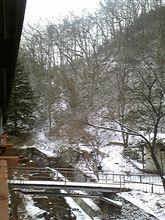 佐久の山中は雪