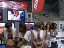 東京オートサロン2011の写真をアップしました(^-^)