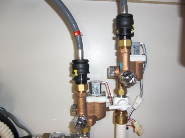 オールインワン水栓&フットスイッチ取り替え DIY