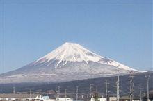 下まで真っ白な富士山^^