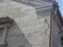 地震の傷跡・・・・