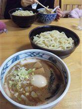 麺がうどんみたいなつけ麺@村岡屋