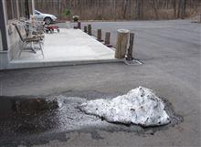 雪解けの軽井沢は自粛の緩和